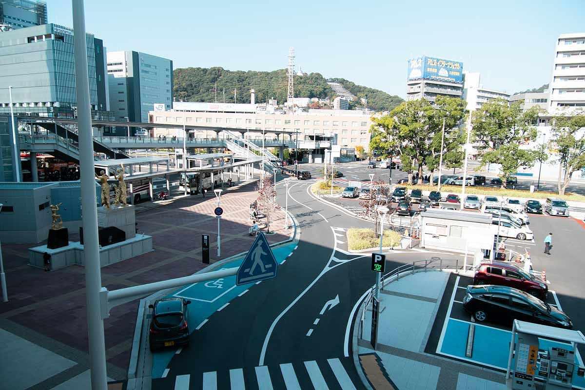 α6500とSAL1650で広島駅をスナップ