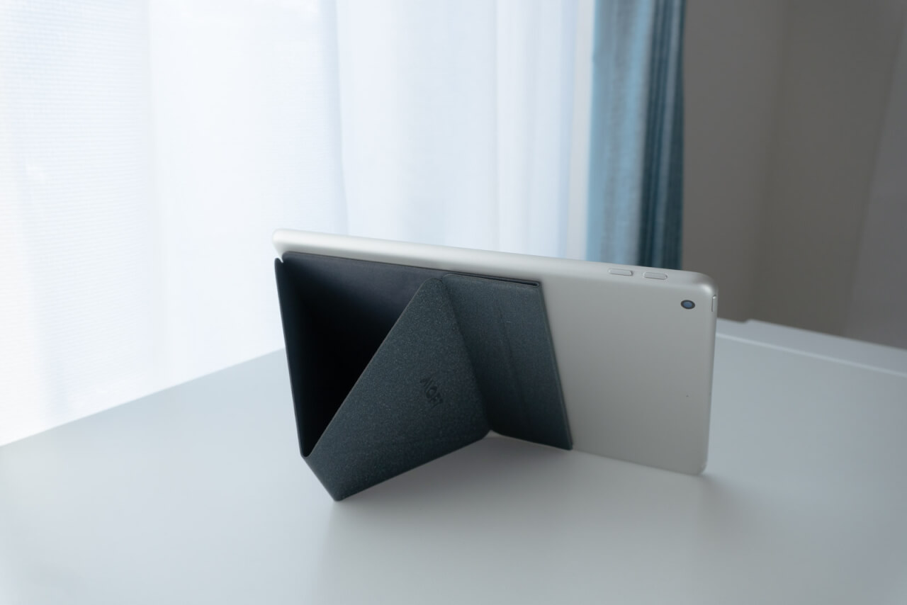 MOFT Xタブレットスタンド使用例