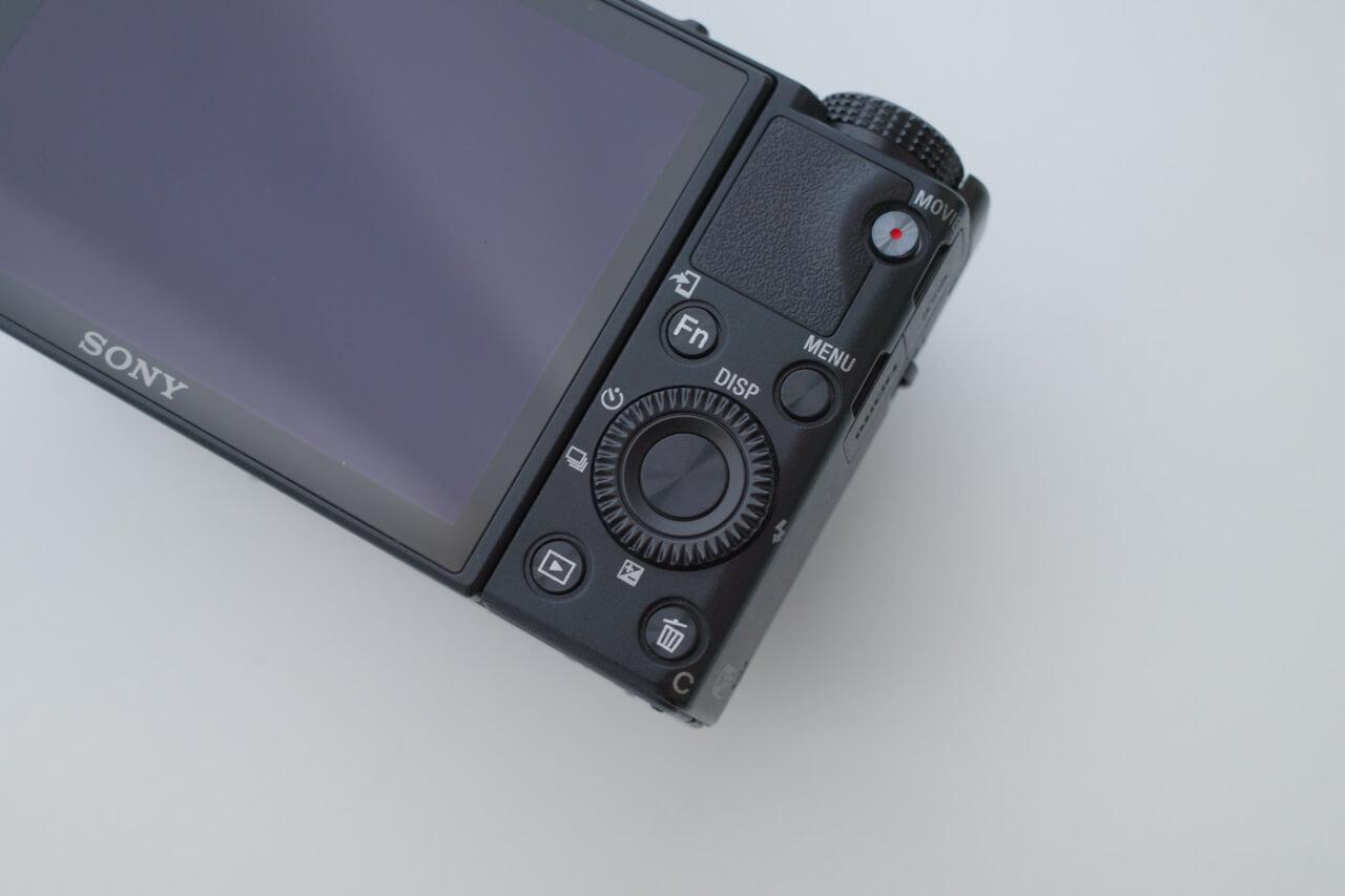 RX100M6の外観