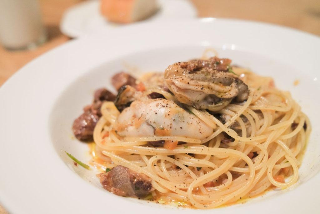 宮島牡蠣と牛肉のパスタ
