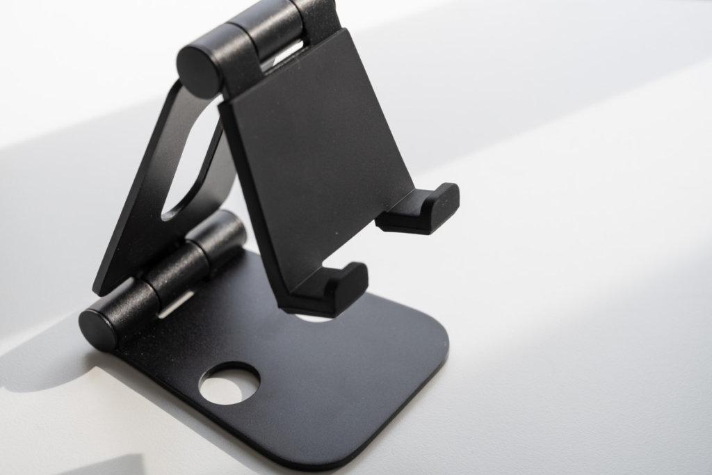 Nulaxy iPad タブレットスタンドのシリコンゴム保護の画像