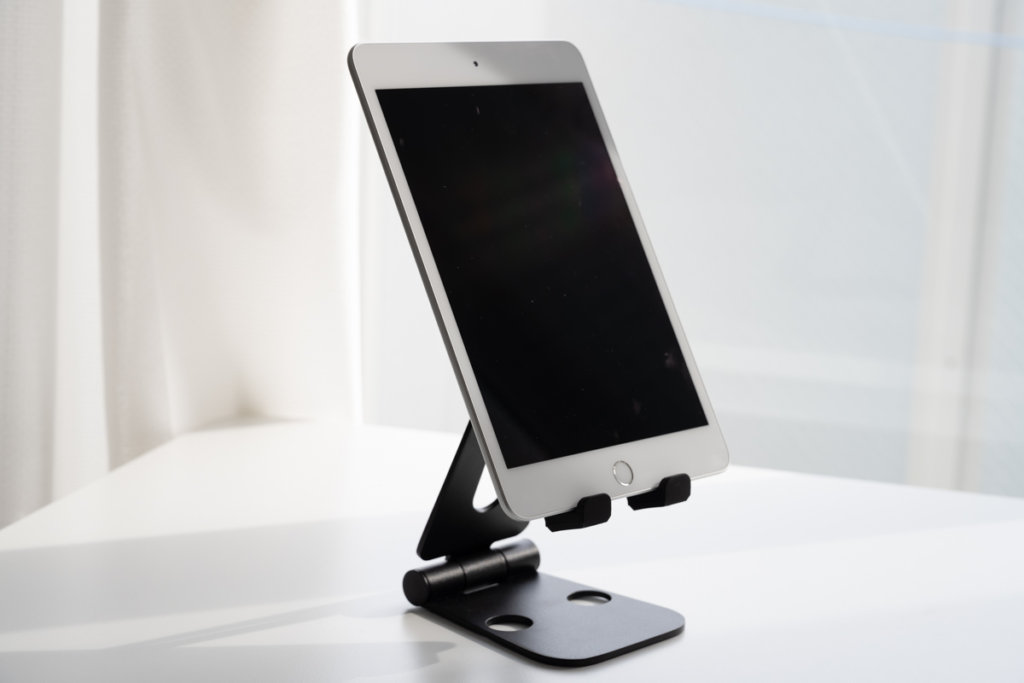 iPad miniを縦に乗せた画像